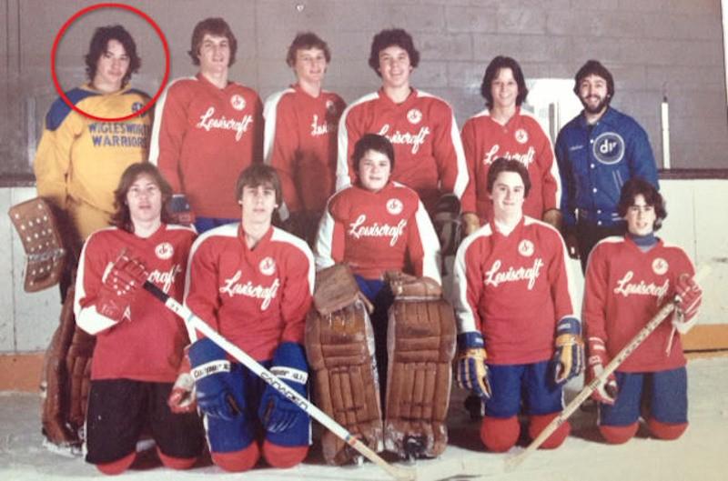 Киану Ривз с школьной хоккейной командой, 1981 год