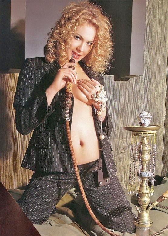 Анна Горшкова в журнале «Максим» фото 3