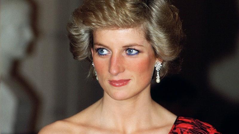 Принцесса Диана: биография, личная жизнь, семья, муж, дети — фото