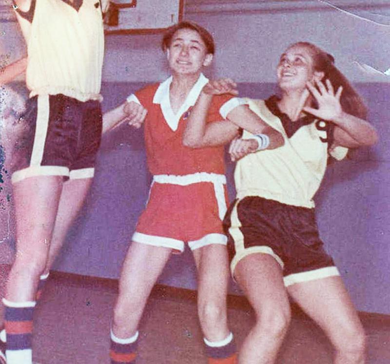 Земфира была капитаном команды по баскетболу