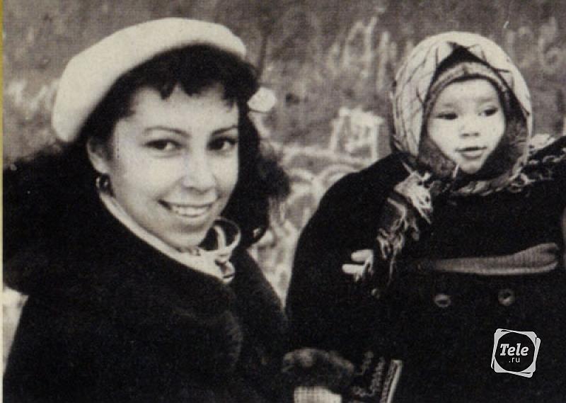 Первая жена Алексея Баталова Ирина Ротова с дочерью