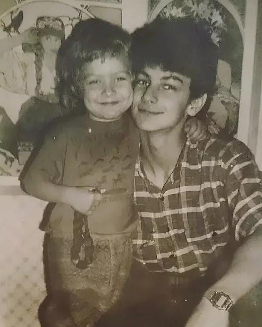 Филипп Бледный в детстве с братом