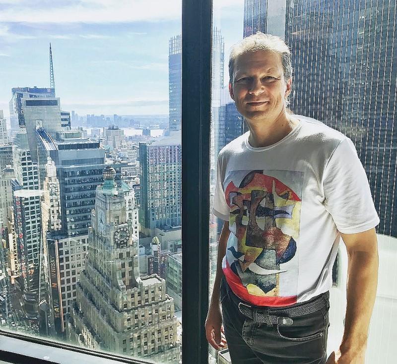 Фёдор Чистяков переехал в Нью Йорк