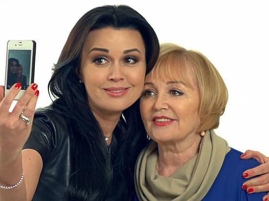 Анастасия Заворотнюк с мамой