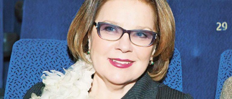 Лариса Голубкина биография, личная жизнь, семья, муж, дети - фото